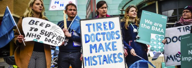 Pic of doctors on strike cut